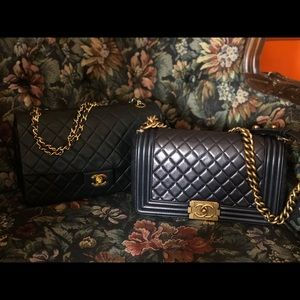 Handbags - Beyond beautiful 👜🖤💛Get yours now!💁♀️